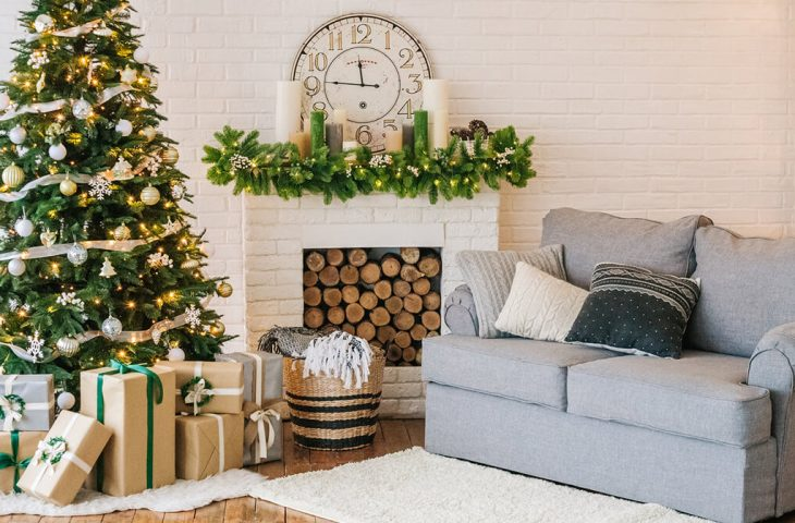 8 Reasons To Sell Your Home During The Holidays